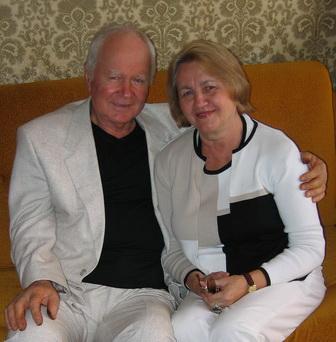 С женой Тамарой Даниловной Задорожной (2004)